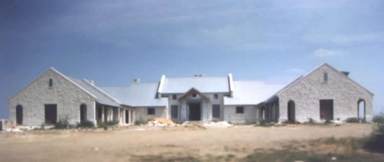 ranch-house1_750x550