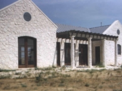 ranch-house3_750x550